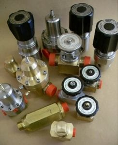 medical oxygen pressure regulators